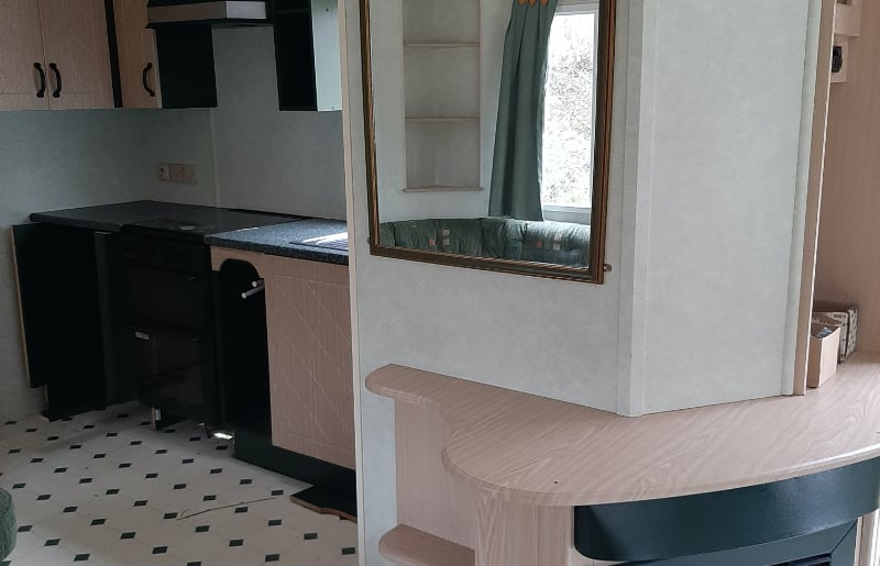 Mobile Home : Costat